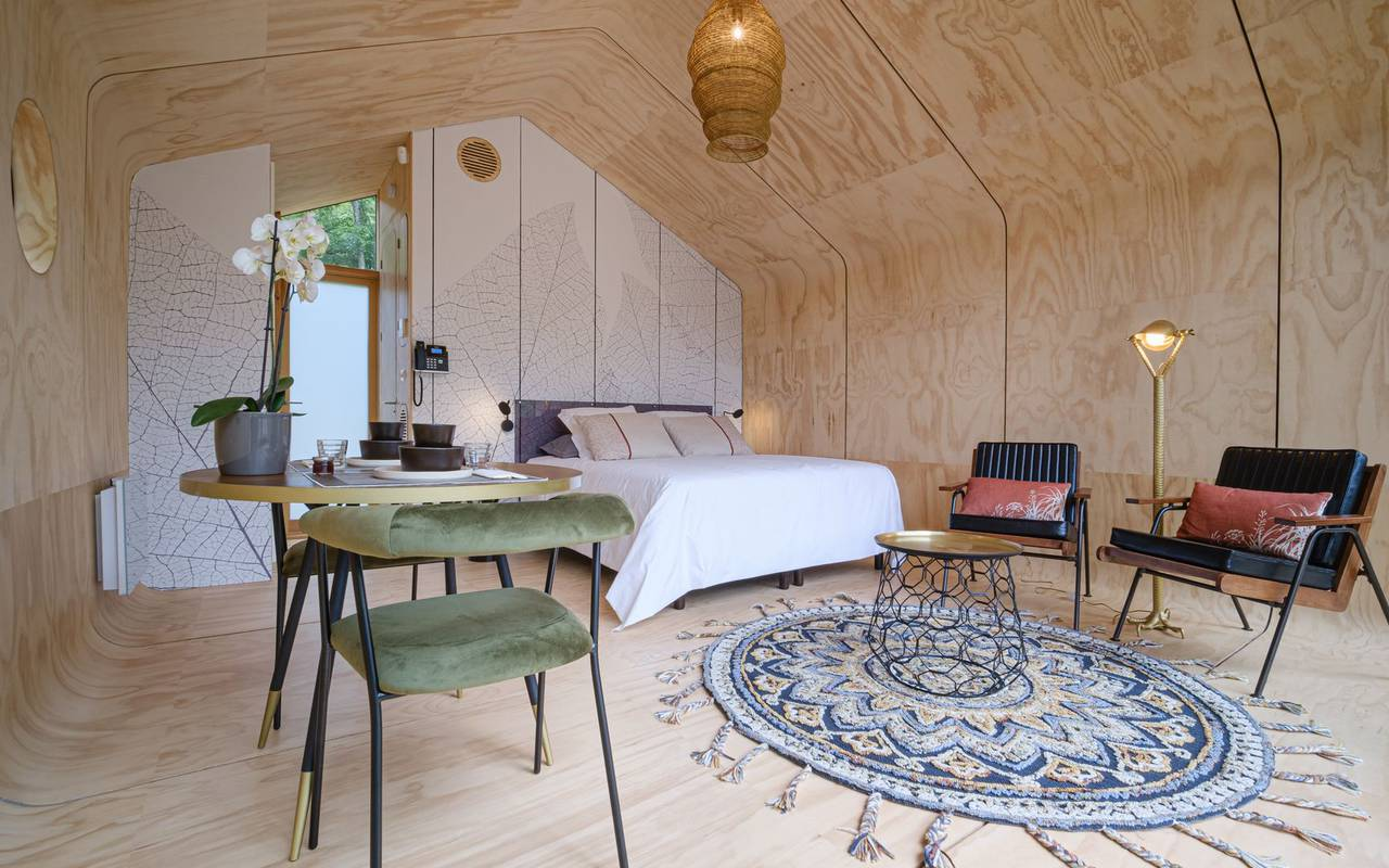 Spacious lodge unusual accommodation grand est