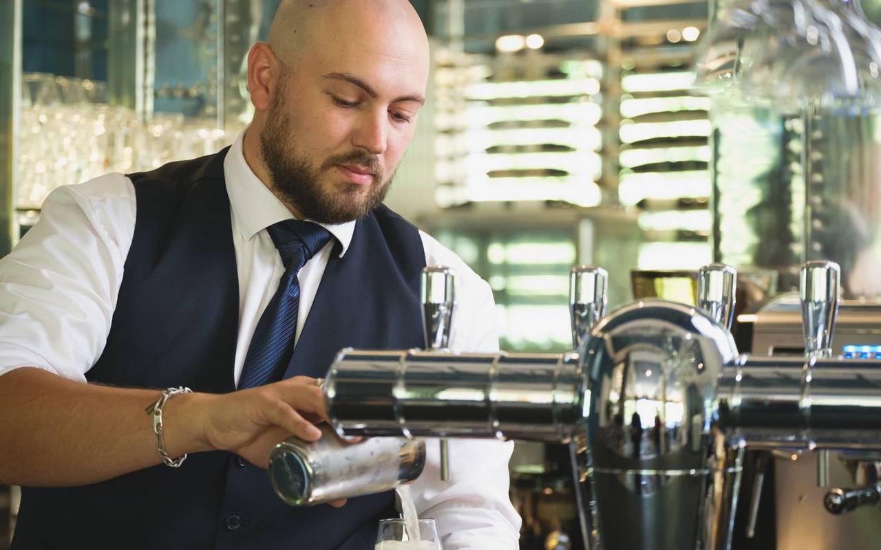 bartender bar restaurant metz