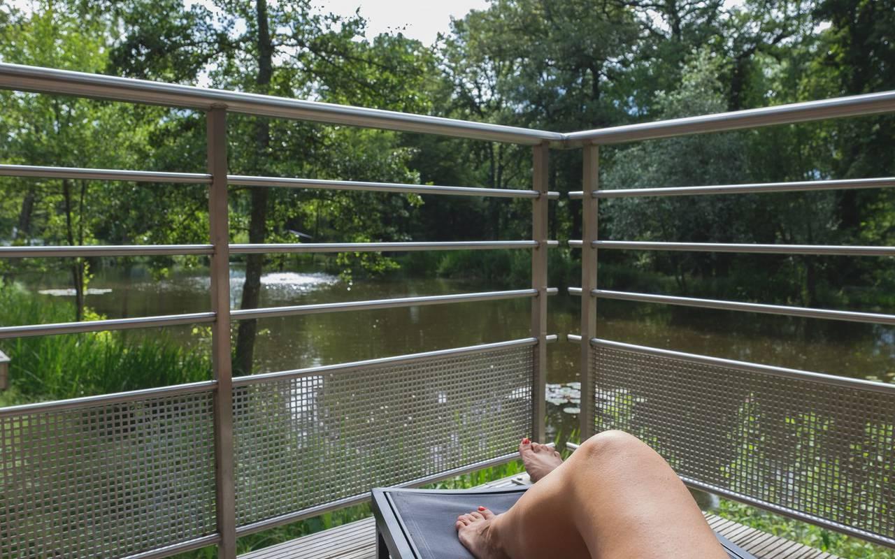 Terrasse vue sur la riviére week end metz