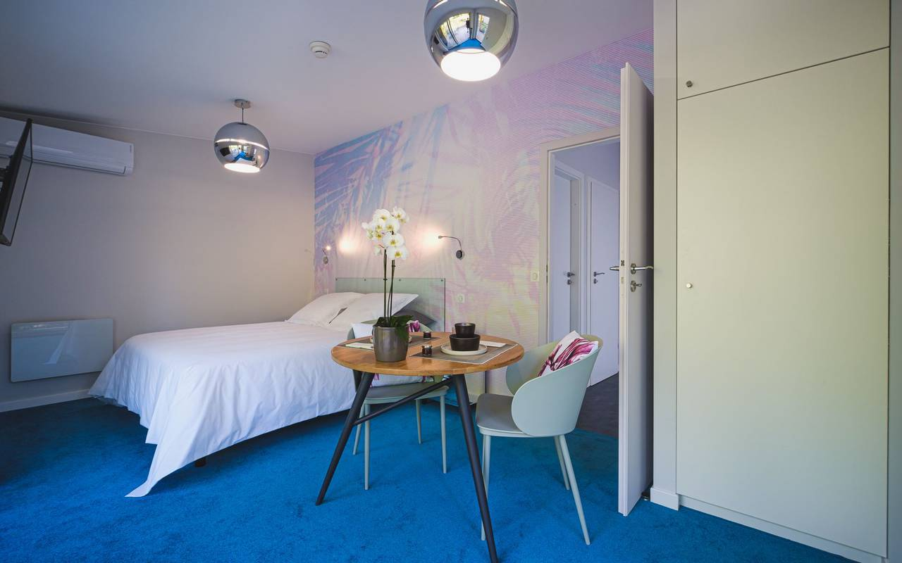 Chambre design hebergement insolite moselle